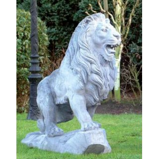 Steingussfigur Lion, Blick nach Links